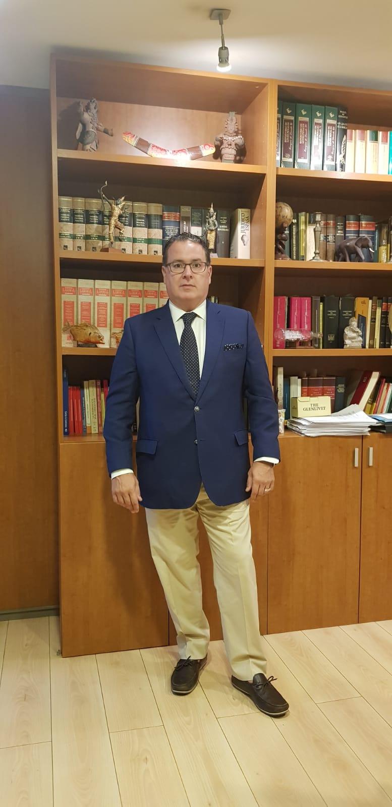 Manuel  Ferer